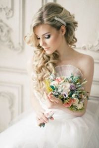 свадебная прическа греческая коса
