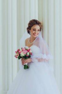 свадебный макияж выполненный техникой  смоки айс