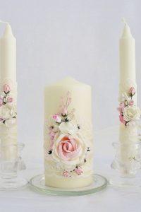 бледнорозовый декор свадебных свечей
