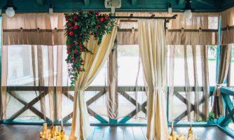 свадебная арка бежевая