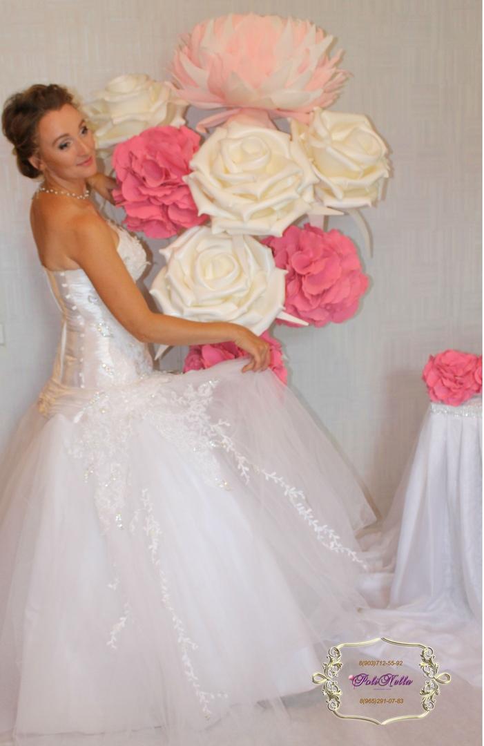 Большие цветы на свадьбу в Москве