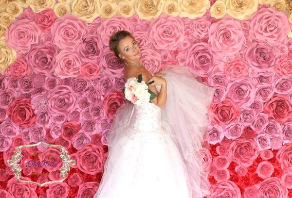 Цветочная стена фотозона на свадьбу москва