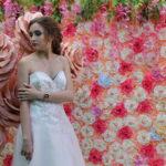 Фотозона на свадьбу розовая