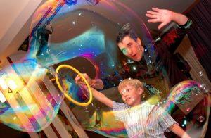 фокусы в составе анимации двойная петля из пузырей