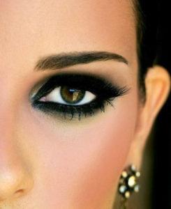 ухоженные брови эстетичный вид лица