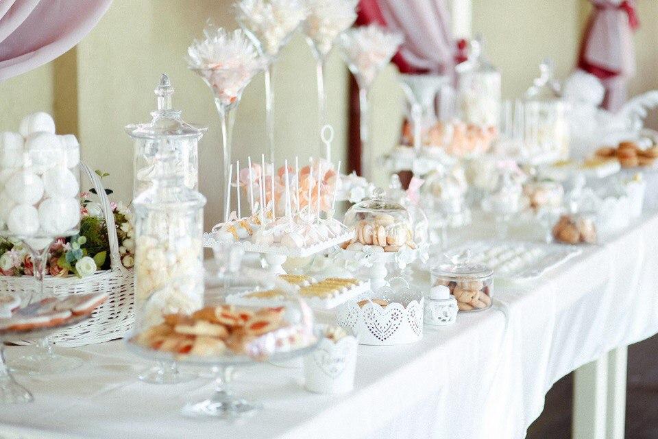 Кэнди бар на свадьбу в розовом