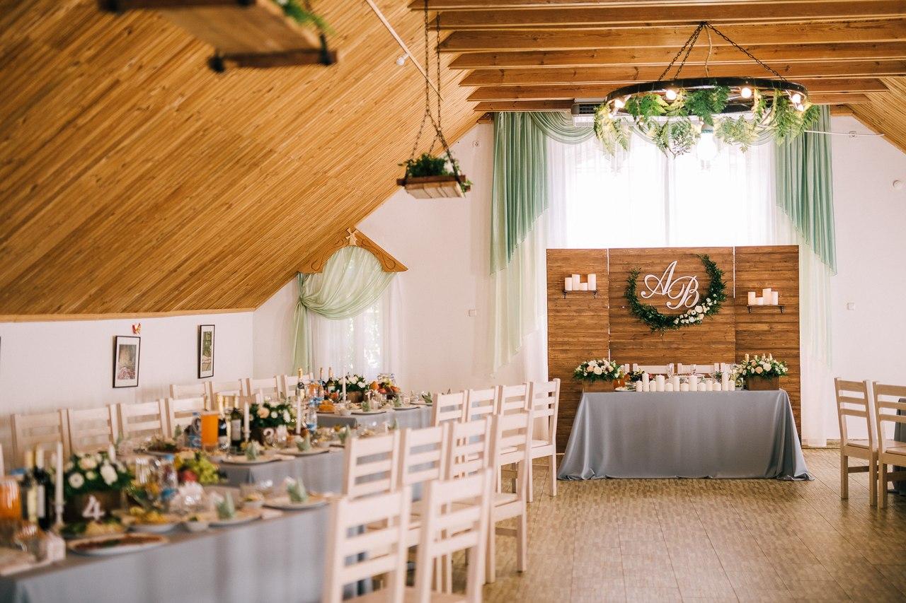 Украшение свадебного стола.